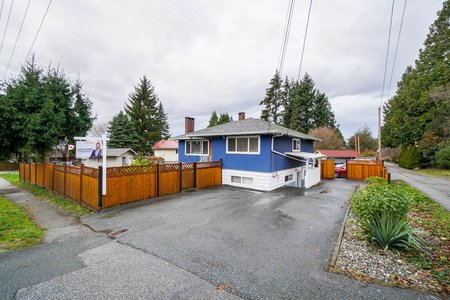 R2325508 - 11411 96 AVENUE, Royal Heights, Surrey, BC - House/Single Family