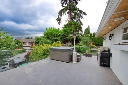 R2325811 - 4210 GLENHAVEN CRESCENT, Dollarton, North Vancouver, BC - House/Single Family