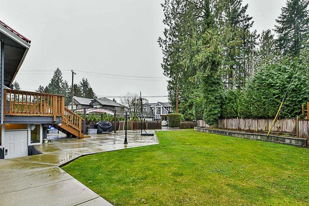 2645 Edgemont Boulevard, North Vancouver - 8 beds, 5 baths