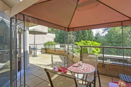 R2330949 - 406 1500 OSTLER COURT, Indian River, North Vancouver, BC - Apartment Unit