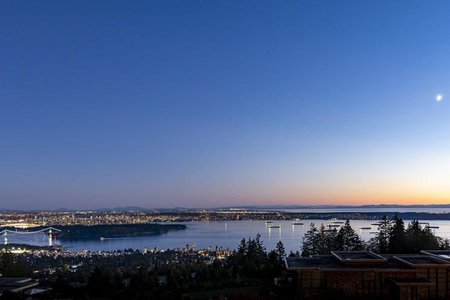 R2331174 - 302 2245 TWIN CREEK PLACE, Whitby Estates, West Vancouver, BC - Apartment Unit