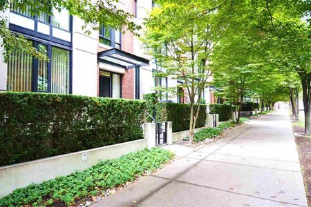 R2332397 - 318 SMITHE STREET, Yaletown, Vancouver, BC - Townhouse