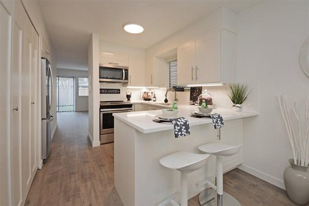 R2337265 - 35 10111 GILBERT ROAD, Woodwards, Richmond, BC - Townhouse