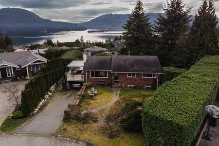 R2337840 - 738 FRIAR CRESCENT, Dollarton, North Vancouver, BC - House/Single Family