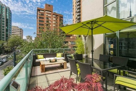 R2338411 - 302 1188 HOWE STREET, Downtown VW, Vancouver, BC - Apartment Unit