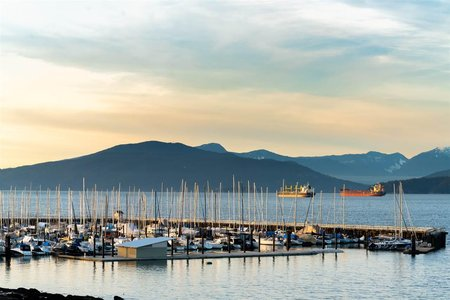 R2339305 - 3533 POINT GREY ROAD, Kitsilano, Vancouver, BC - House/Single Family
