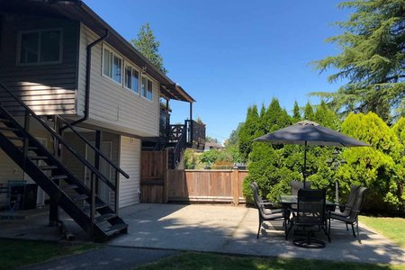 R2343112 - 5876-5878 172 STREET, Cloverdale BC, Surrey, BC - Duplex