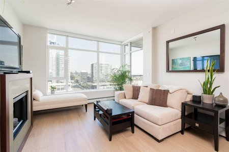 R2345692 - 1303 158 W 13TH STREET, Central Lonsdale, North Vancouver, BC - Apartment Unit
