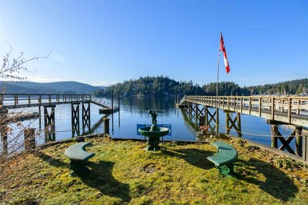 R2348391 - 2820 PANORAMA DRIVE, Deep Cove, North Vancouver, BC - House/Single Family