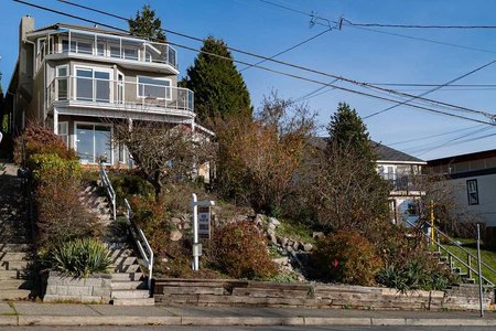 R2348830 - 15515 COLUMBIA AVENUE, White Rock, White Rock, BC - House/Single Family