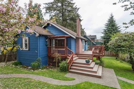 R2349738 - 3330 FROMME ROAD, Lynn Valley, North Vancouver, BC - House/Single Family