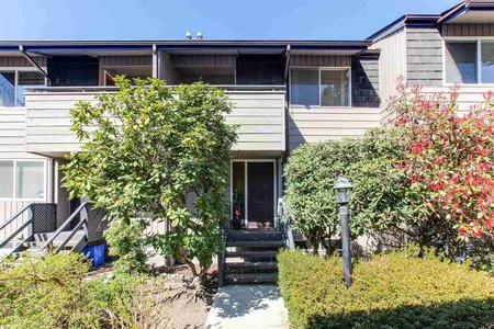 R2355321 - 2379 MOUNTAIN HIGHWAY, Lynn Valley, North Vancouver, BC - Townhouse