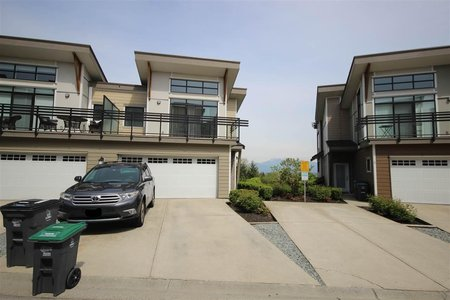 R2355623 - 4 9989 E BARNSTON DRIVE, Fraser Heights, Surrey, BC - Townhouse