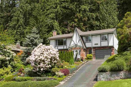 R2357101 - 2446 HYANNIS DRIVE, Blueridge NV, North Vancouver, BC - House/Single Family
