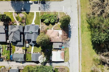 R2358296 - 850 W 20TH STREET, Mosquito Creek, North Vancouver, BC - House/Single Family