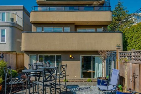 R2359557 - 14788 RUSSELL AVENUE, White Rock, White Rock, BC - House/Single Family
