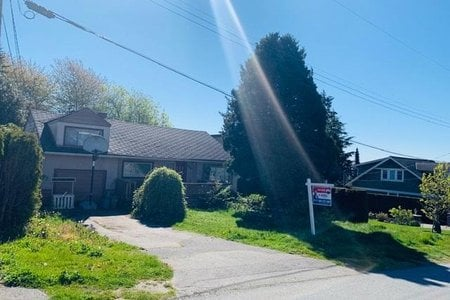 R2363372 - 1050 EWSON STREET, White Rock, White Rock, BC - House/Single Family