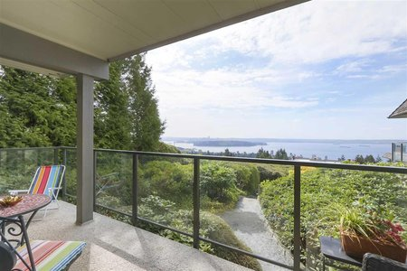 R2367650 - 41 2216 FOLKESTONE WAY, Panorama Village, West Vancouver, BC - Apartment Unit