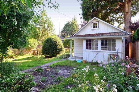 R2368865 - 2695 MCKENZIE AVENUE, Crescent Bch Ocean Pk., Surrey, BC - House/Single Family