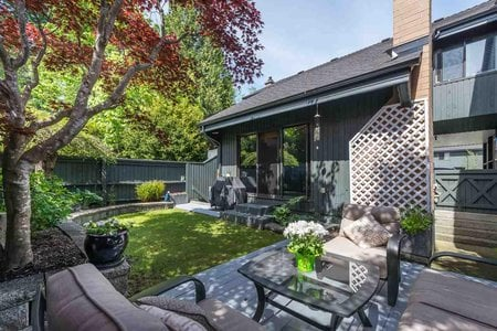 R2370933 - 212 4001 MT SEYMOUR PARKWAY, Dollarton, North Vancouver, BC - Townhouse