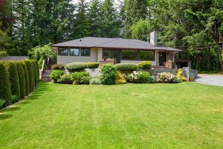R2371686 - 4407 WOODPARK ROAD, Cypress Park Estates, West Vancouver, BC - House/Single Family