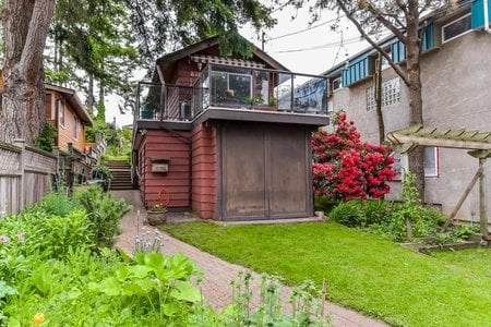 R2373335 - 876 FINLAY STREET, White Rock, White Rock, BC - House/Single Family