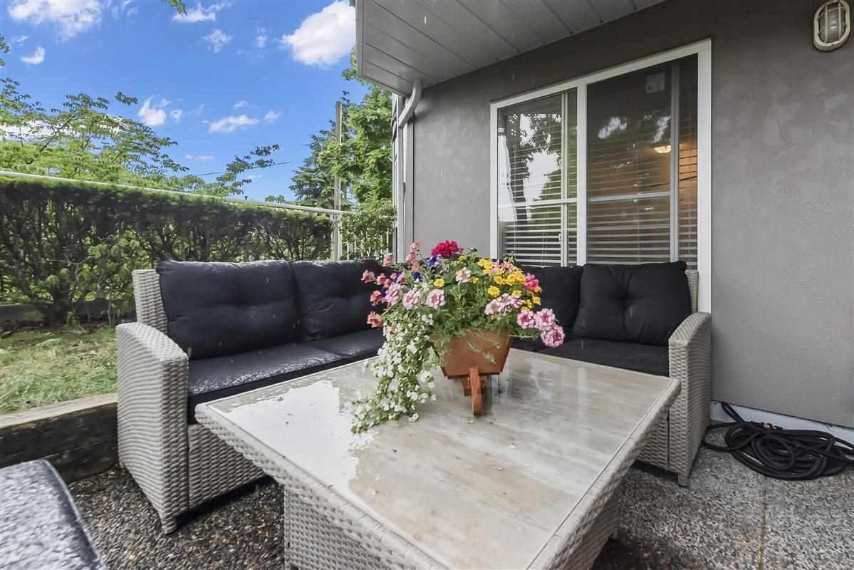 Awe Inspiring 104 245 St Davids Avenue North Vancouver 1 Bed 1 Bath Pdpeps Interior Chair Design Pdpepsorg