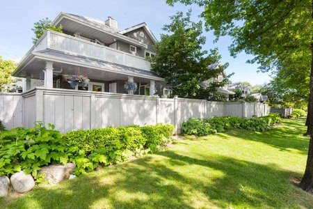R2379790 - 1549 BOWSER AVENUE, Norgate, North Vancouver, BC - Townhouse
