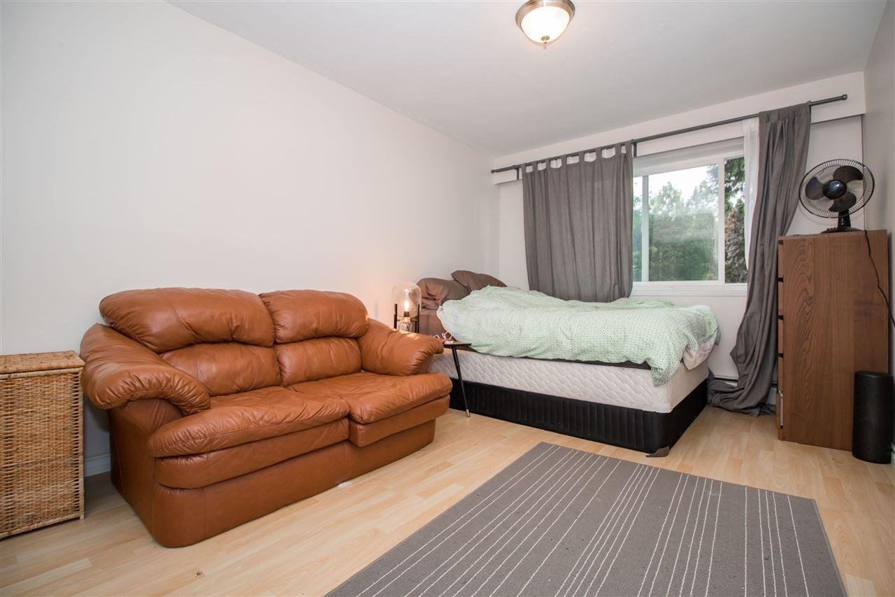 Fine 102 5770 Hastings Street Burnaby 3 Beds 1 Bath For Andrewgaddart Wooden Chair Designs For Living Room Andrewgaddartcom