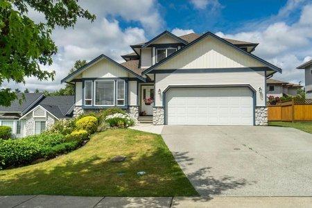 R2385541 - 18061 68 AVENUE, Cloverdale BC, Surrey, BC - House/Single Family