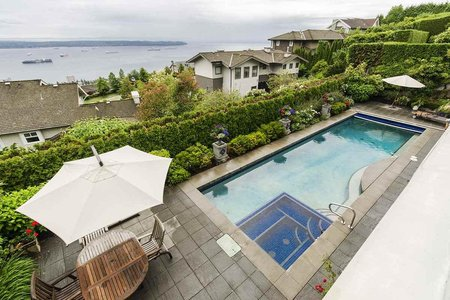 R2387248 - 2631 FOLKESTONE WAY, Whitby Estates, West Vancouver, BC - House/Single Family