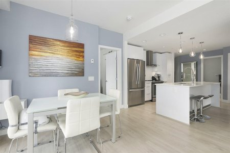 R2389829 - 221 723 W 3RD STREET, Harbourside, North Vancouver, BC - Apartment Unit