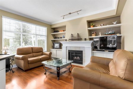 R2398461 - 98 5900 FERRY ROAD, Neilsen Grove, Delta, BC - Townhouse