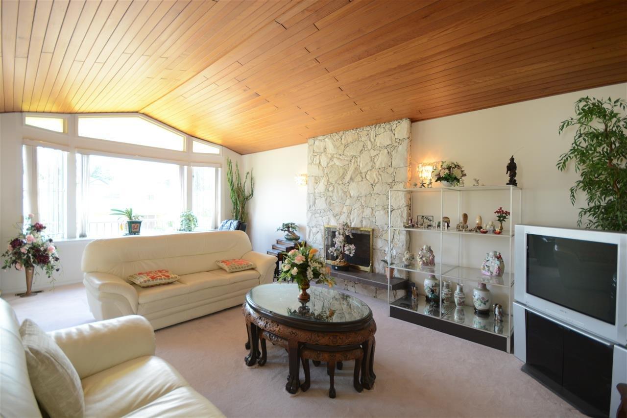 Prime 6207 Elgin Street Vancouver 6 Beds 3 Baths For Sale Machost Co Dining Chair Design Ideas Machostcouk