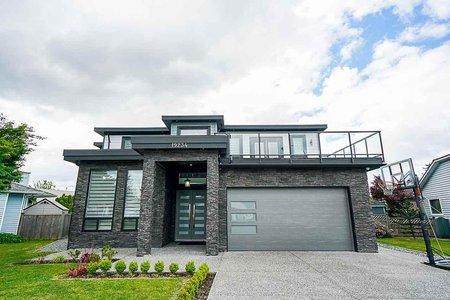 R2399295 - 19234 59A AVENUE, Cloverdale BC, Surrey, BC - House/Single Family