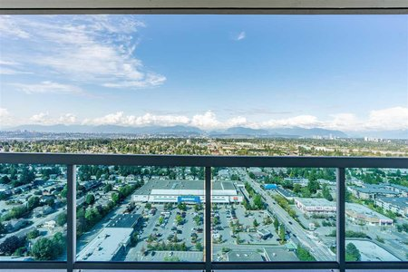 R2401749 - 3405 11967 80 AVENUE, Scottsdale, Surrey, BC - Apartment Unit