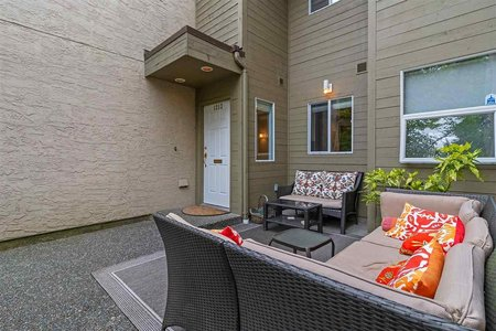 R2401823 - 1213 PLATEAU DRIVE, Pemberton Heights, North Vancouver, BC - Townhouse