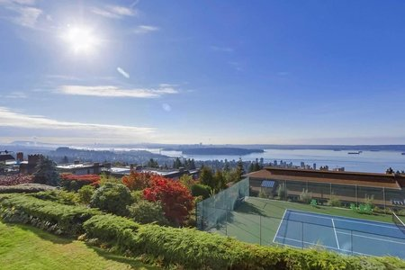 R2404653 - 21 2246 FOLKESTONE WAY, Panorama Village, West Vancouver, BC - Apartment Unit