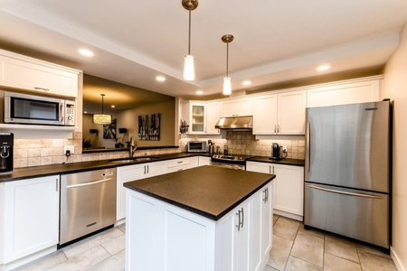 R2405227 - 609 1500 OSTLER COURT, Indian River, North Vancouver, BC - Townhouse
