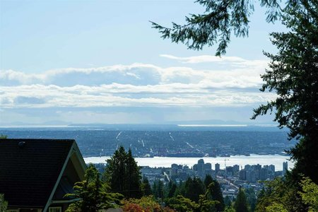 R2407833 - 4301 ST. MARYS AVENUE, Upper Lonsdale, North Vancouver, BC - House/Single Family