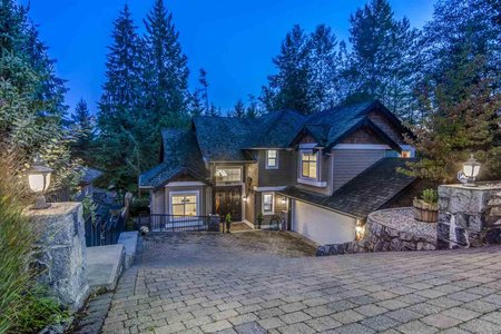 R2408545 - 3401 ANNE MACDONALD WAY, Northlands, North Vancouver, BC - House/Single Family