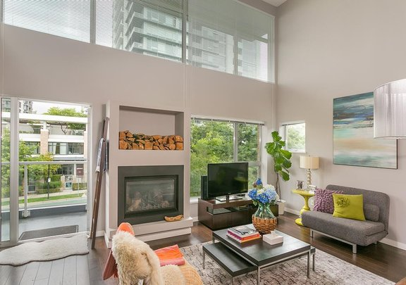 PH9 1288 CHESTERFIELD AVENUE, North Vancouver - R2409878