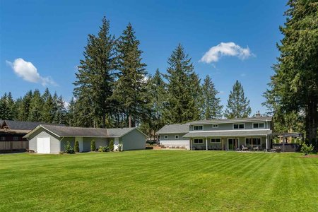 R2411106 - 24082 55 AVENUE, Salmon River, Langley, BC - House with Acreage