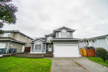R2411536 - 5782 185 STREET, Cloverdale BC, Surrey, BC - House/Single Family