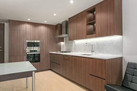 R2411662 - 207 89 NELSON STREET, Yaletown, Vancouver, BC - Apartment Unit