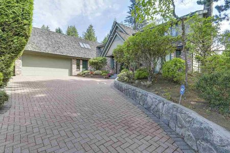 R2412347 - 990 SHERWOOD LANE, Ambleside, West Vancouver, BC - House/Single Family