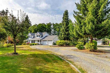 R2414233 - 24903 54 AVENUE, Salmon River, Langley, BC - House with Acreage