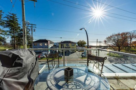 R2418377 - 211 15777 MARINE DRIVE, White Rock, White Rock, BC - Apartment Unit