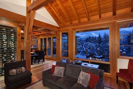 R2421058 - 8468 MATTERHORN DRIVE, Alpine Meadows, Whistler, BC - House/Single Family