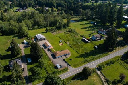 R2422366 - 26167 64 AVENUE, County Line Glen Valley, Langley, BC - House with Acreage
